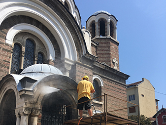 почистване-на-църква
